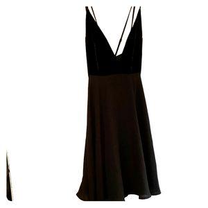 Black & Velvet - •Nasty Gal•   Mini - Dress